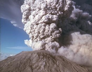 Mount St Helen's volcano erupting, 1980